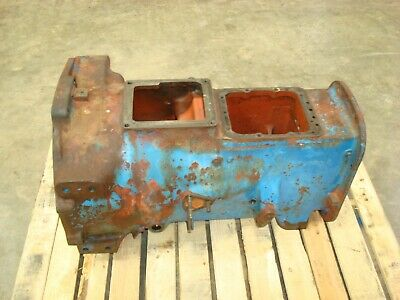 1966 Ford 4000 Tractor 8 Speed Transmission Housing