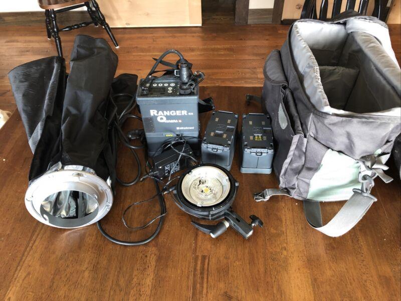 Elinchrom Ranger Quadra w/ S-Head, 3 Batteries, Soft box and carrying bag