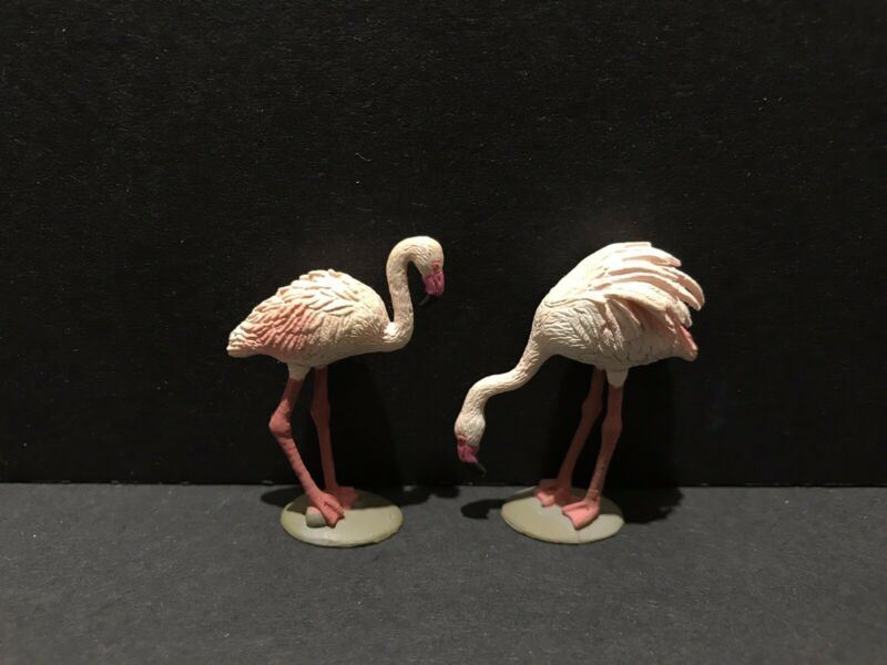 Bandai Kaiyodo WWF Japan Exclusive Pink Flamingo Bird Figure Set