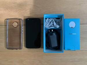 low priced 0f2cf 2dea2 Moto X4 with Spigen Case and Receipt | Android Phones | Gumtree ...