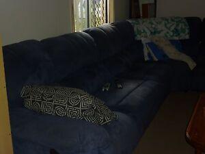 Corner Lounge Kirwan Townsville Surrounds Preview