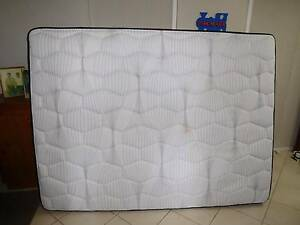 Queen size mattress and bed frame Macgregor Brisbane South West Preview