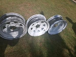 Trailer / caravan wheel rims Holmview Logan Area Preview