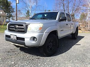 2009 Toyota Tacoma DoubleCab Financing Available!