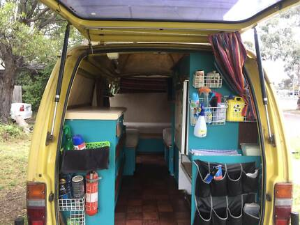 Toyota Hiace 1982 poptop campervan- URGENT SALE