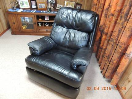Leather Reclining Chair Craigmore Playford Area Preview