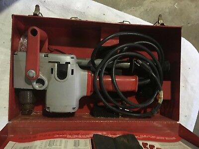 Milwaukee Heavy-duty Hole-hawg Right Angle Drill Wmetal Caseno.1676-1 Usa