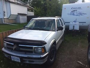 Chevy Blazer 4x3 1500 OBO! Low ball me!