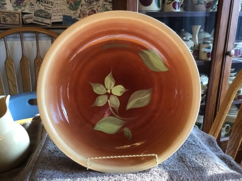 Watt Pottery #39 Silhouette Spagetti Bowl