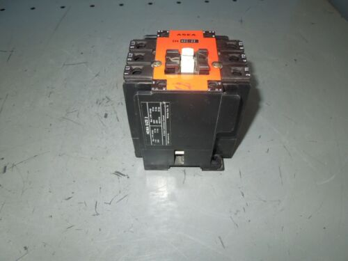 Asea EH40C-22 Size 2 Contactor 10-25HP 45A 600V Max 120V Coil Used