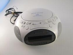 SONY Dream Machine Spaceship UFO ICF-CD831 CD Radio Alarm Clock Audio White