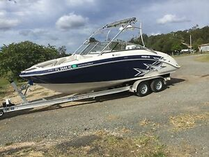 Yamaha AR 240 Twin Engine, Imported from US , Only 118 hours ! Bundall Gold Coast City Preview