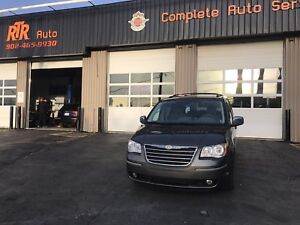 2010 Chrysler town&country touring