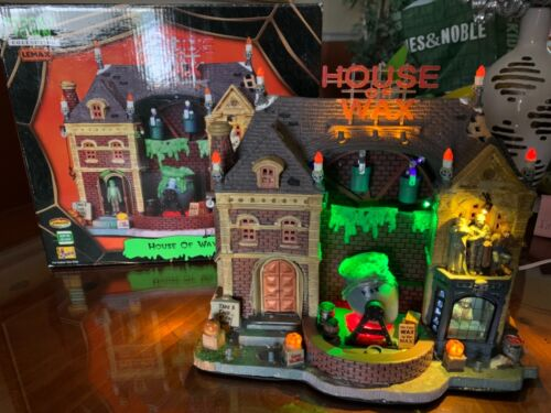 Lemax HOUSE OF WAX RARE! 2009 Retired Excellent condition!