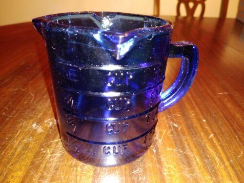 """Cobalt Blue Measuring Cup 3.5"""" Tall 3 Spouts Hazel Atlas (????) Vintage"""