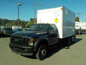 2008 Ford F-450 SD Regular Cab 12 Foot Cube Van Dually 4WD with