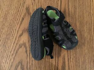 GEORGE BRAND WATER SHOES TODDLER SIZE 9