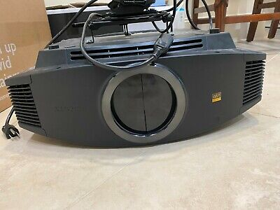Sony BRAVIA VPL-VW70 LCD Projector