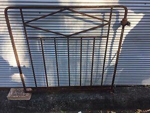Vintage Gate Phegans Bay Gosford Area Preview