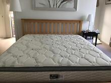 King Size timber bed Cleve Cleve Area Preview