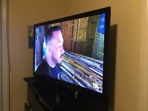 "42"" Panasonic Viera led tv"