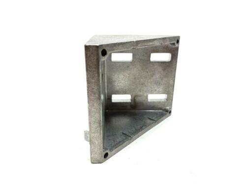80/20 14111 Inside Corner Bracket Series 45 8 Hole 86mm