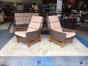 2 Teak armchairs Wrightbilt mid Century era Danish style pair of chair