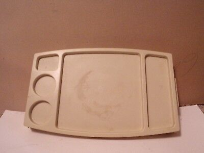VINTAGE FOLDING PLASTIC LAP  OR SERVING TRAY OR COMPUTER USE (Plastic Lap Tray)
