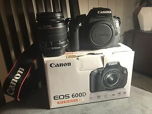 Canon 600D with 18-55mm lens PRICED TO SELL. $300 if gone today. West Melbourne Melbourne City Preview