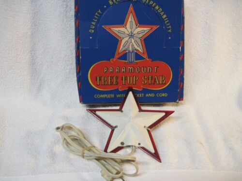 VINTAGE CHRISTMAS PARAMOUNT TREE TOP STAR IN BOX #740, WHITE WITH RED TRIM