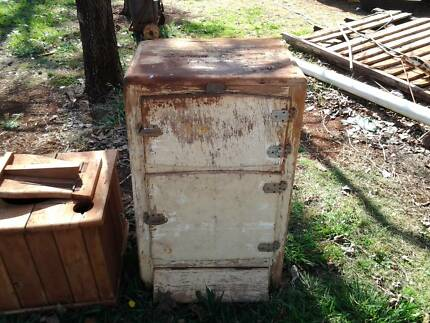 old ice chest Memerambi South Burnett Area Preview