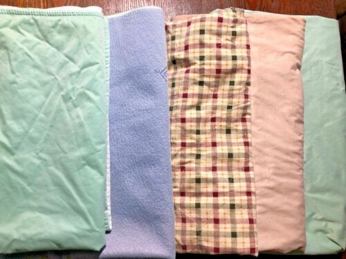 LOT OF 5 USED WASHABLE ABSORBENT BED PADS ELDERLY BED WETTING PUPPY TRAINING