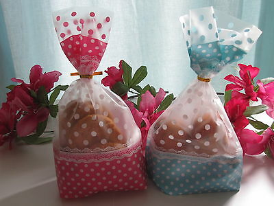 (Dot Pink/Blue Cello Display Favour Party Bakery Bags With Gold Twist Ties)