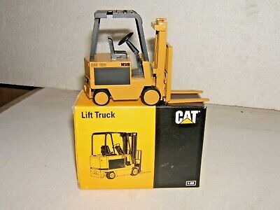 NZG 1/50 Caterpillar CAT M50B Fork Lift Truck Forklift Diecast Model