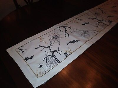 Witch Crafters Halloween Fall Table Runner Bats Spiders 100% Cotton 13x66 , used for sale  Shipping to India