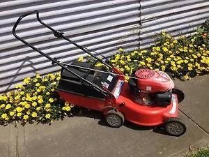 Rover Q Start 4 stroke Lawnmower +Catcher. Serviced + Warranty Sunshine North Brimbank Area Preview
