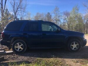 2005 4x4 Chevy Trailblazer LS