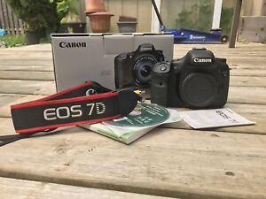 Canon 7D 9/10 Condition (body only)