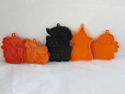 Vintage Hallmark Halloween Cookie Cutters Lot Witch Cat Ghost Cookie Cutters Lot