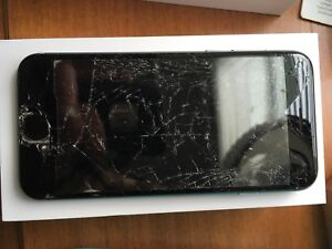 iPhone 6s-16Gb— screen cracked,  perfect working condition!