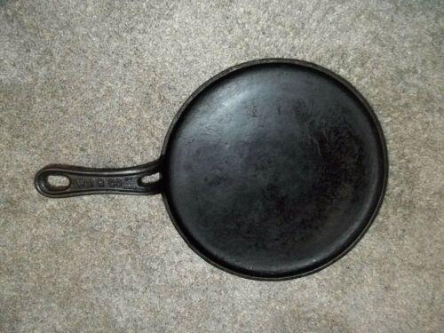 """Vintage WIR Co Cast Iron Griddle 9.75"""" Diameter 14.75"""" Long Pancakes, Eggs"""