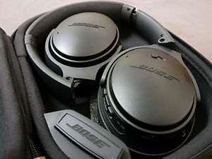 Bose QC35 noise cancelling bluetooth headphones (black) Doncaster Manningham Area Preview