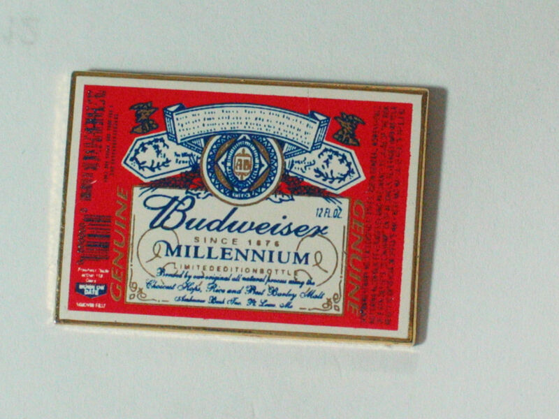 Vintage Budweiser Large Emblem Beer Pin **