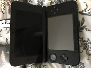 Nintendo 3ds + 4 comparable games