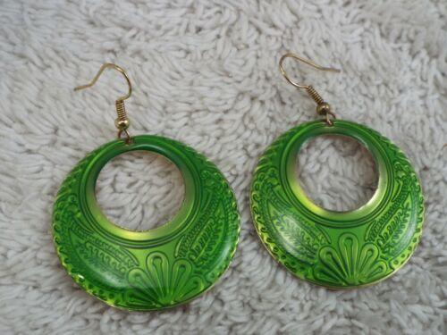 Goldtone Floral Green Hoop Pierced Earrings (C19)