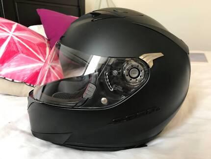 Shark S900c Full Face Motorcycle Helmet Size XS