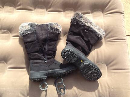 Womens size 39 snow boots Attiba