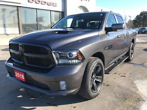 2018 Ram 1500 Night Crew 4x4 V8 w/Leather, Navi, Sunroof, Rambox