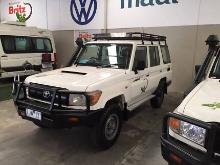 LANDCRUISER SAFARI V8 DIESEL 4X4, 25 LT WATER TANK Wangara Wanneroo Area Preview