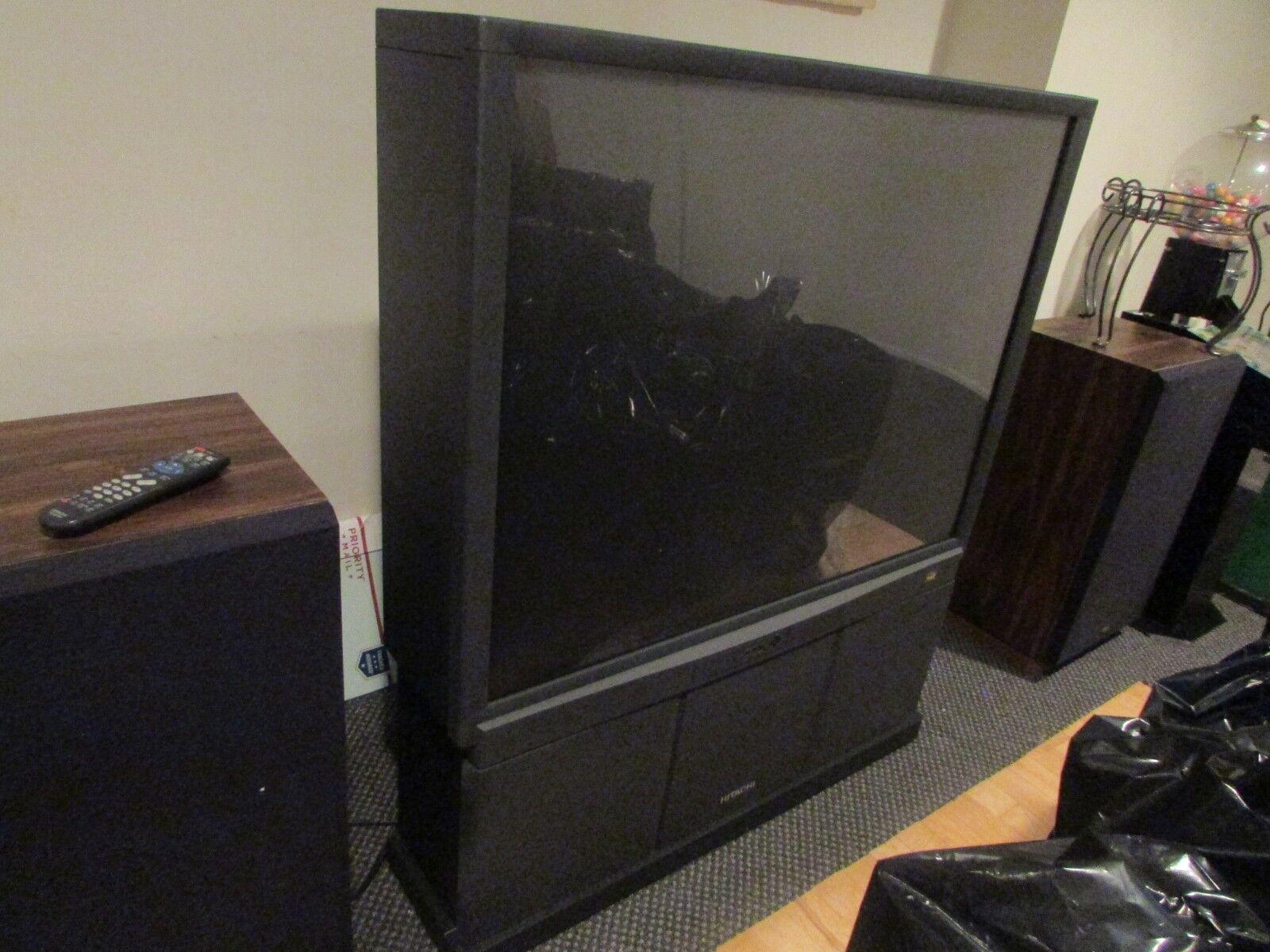 "HITACHI WIDE SCREEN PROJECTION TV MODEL 50GX30B  SCREEN 30 X 40"" BLACK REMOTE"